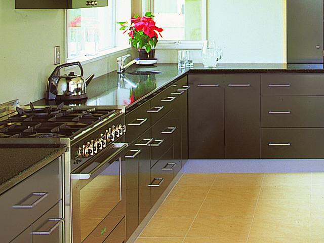 Millbrook kitchen gas stove